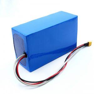 Batterie rechargeable au lithium 36V 10Ah Li -on 18650 pour planche à roulettes électrique