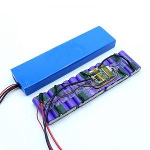 Prix d'usine personnalisé 18650 36 volts batterie au lithium-ion 36V batterie pack